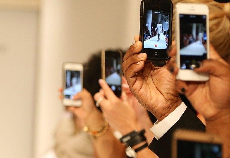 Conta de celular custa, em média, R$ 104 no Brasil. Veja como gastar menos