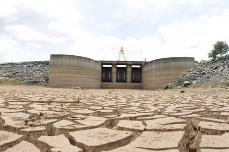 O acesso universal a água potável em casa custaria 14 bilhões de dólares por ano até 2030