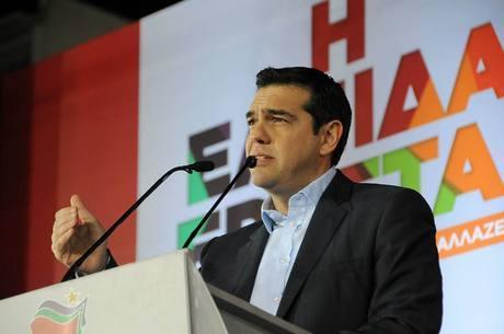 Alexis Tsipras, do partido Syriza, é o líder nas pesquisas