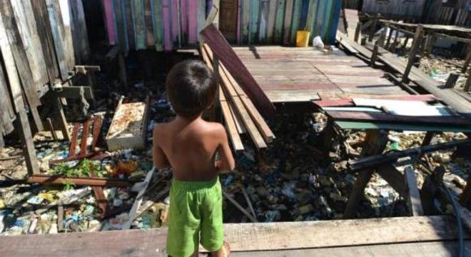"""OCDE vê """"desafios significativos"""" para se chegar aos mais vulneráveis"""