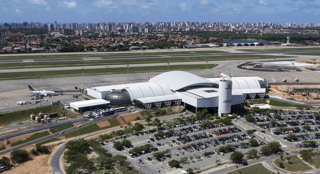 Aeroportos de Fortaleza (CE) são abastecidos com querosene de avição