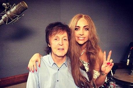 Lady Gaga e Paul McCartney em foto postada no Instagram da cantora