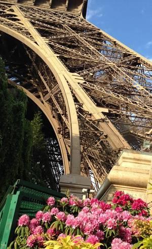 Torre Eiffel ganha novos ângulos no Lado B