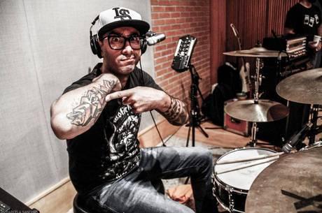 Pinguim hoje é parceiro de Marcão, ex-Charlie Brown Jr;, na banda BULA, que tocará no Lollapalooza