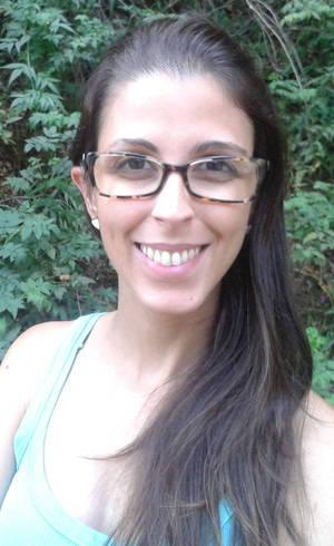Renata Rocha, surda e professora do Instituto Nacional de Educação de Surdos