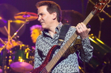 Baixista da banda Toto, Mike Porcaro, morre ao 59 anos