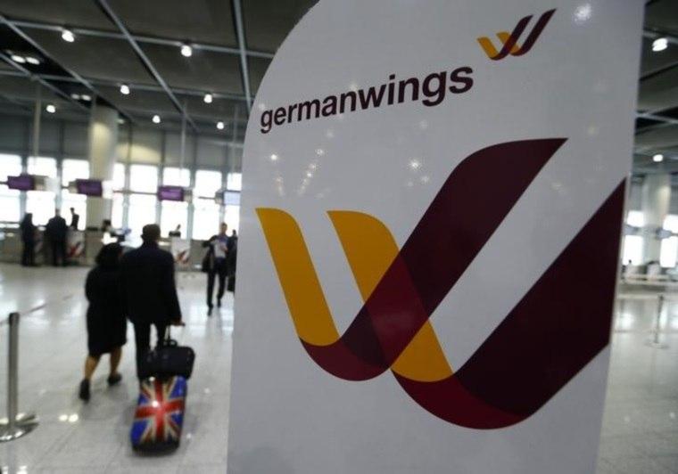 Avião da Germanwings faz pouso de emergência no sul da Alemanha