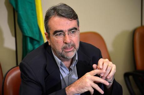 Henrique Fontana'Quem se aposenta hoje com R$ 2.000 vai se aposentar com R$ 1.200 após a reforma', diz deputado