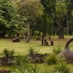O Parque Roberto Burle Marx, na região leste, também é chamado de Parque das Águas. Possui opções de lazer como belos jardins para piqueniques, quadras poliesportivas, pista de caminhada e campo de futebol<br>