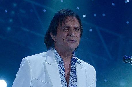 Roberto Carlos vai gravar DVD na Inglaterra e na Itália