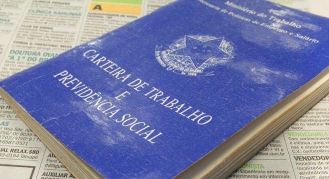 Cerca de 2,1 milhões ficaram desocupados no Brasil em um ano