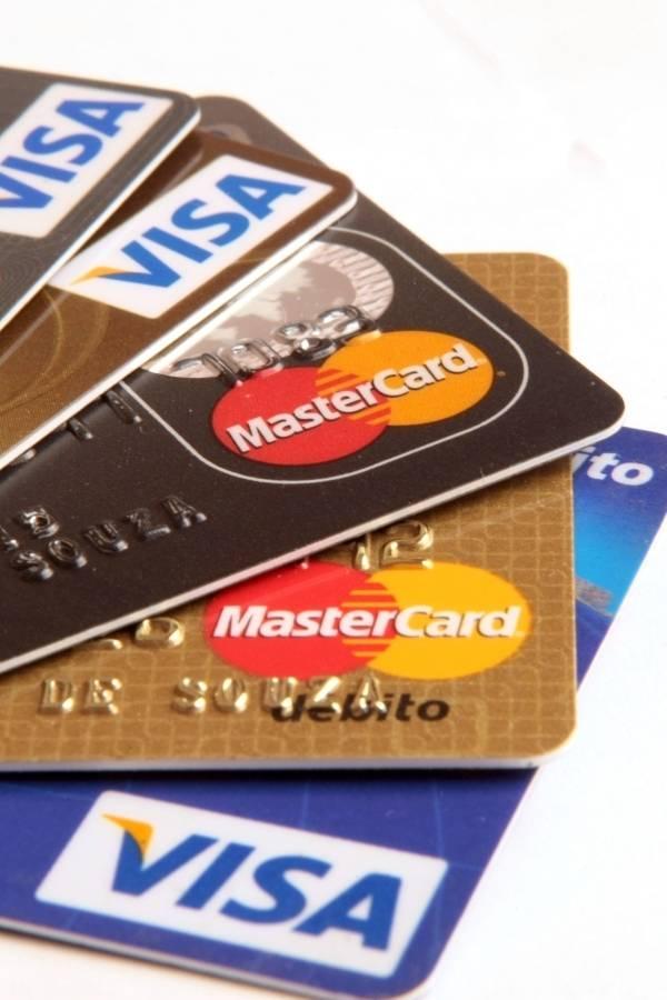 Saiba como juntar milhas para viajar com seu cartão de crédito sem enfrentar transtornos