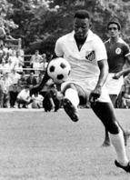 <b>Pelé </b><br>1.375 jogos <br>1.283 gols