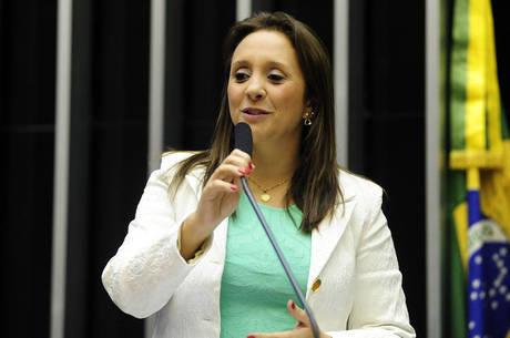 Deputada federal Renata Abreu (Podemos)