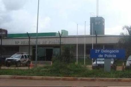 Vítima e o maior de idade foram encaminhados para a 21ª Delegacia de Polícia, em Taguatinga