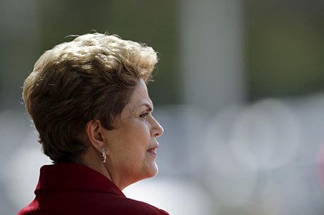 Dilma decide nesta quarta se aprova novo cálculo da aposentadoria
