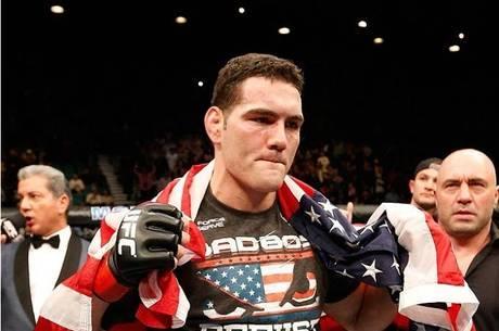 Weidman defendeu o cinturão do UFC pela terceira vez