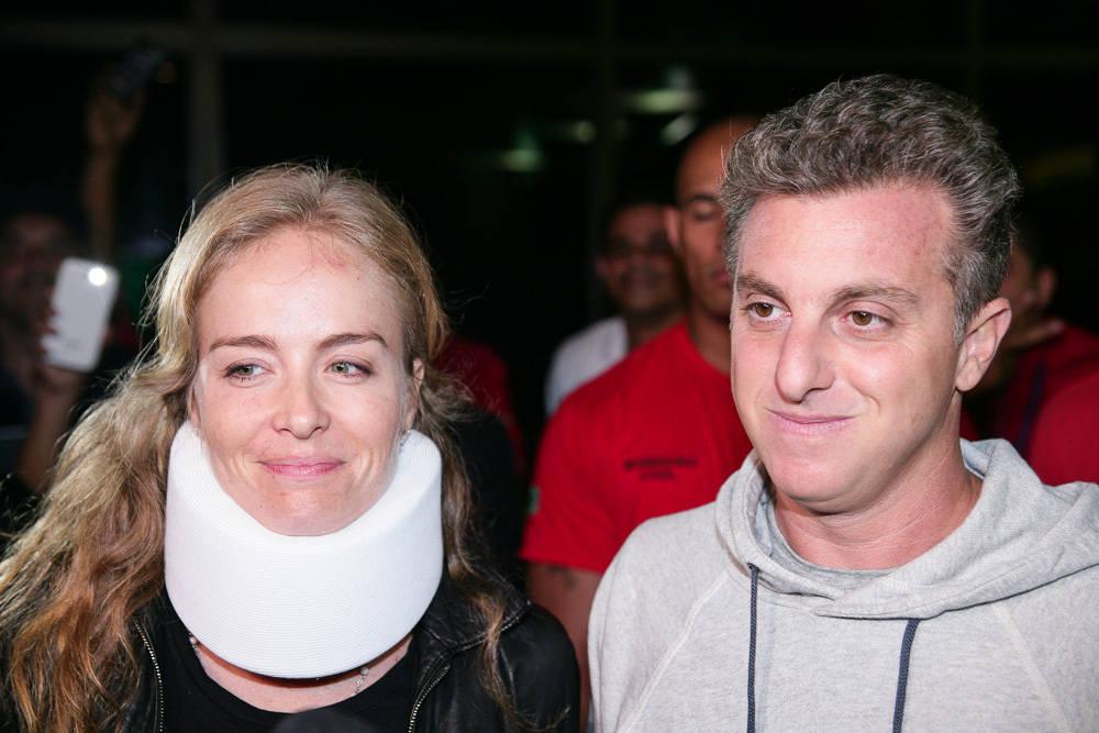 Mesmo com imensa saudade dos filhos, Huck e Angélica passam noite em São Paulo