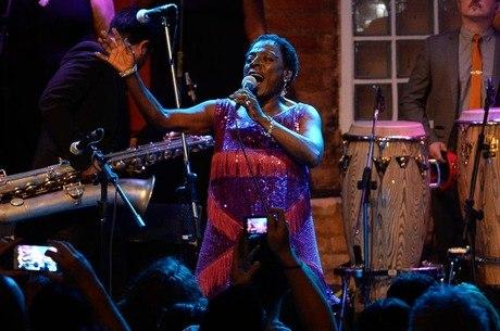 Sharon em seu último show em São Paulo, em 2015