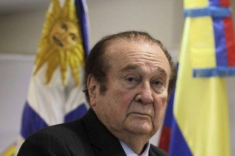 Hospital não informou o motivo da internação de Nicolás Leoz