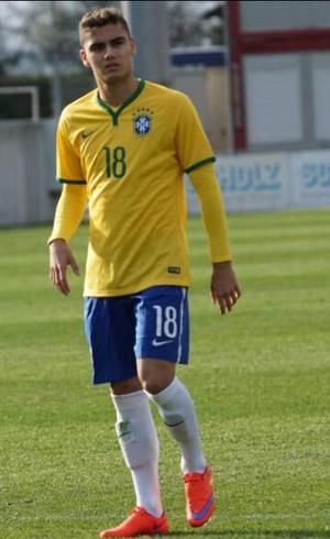 Golaço de belga naturalizado brasileiro concorre ao prêmio de mais ... a87ef1c937774
