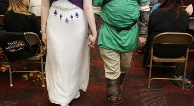 Para comemorar a união, casal fez campeonato de Super Smash Bros.