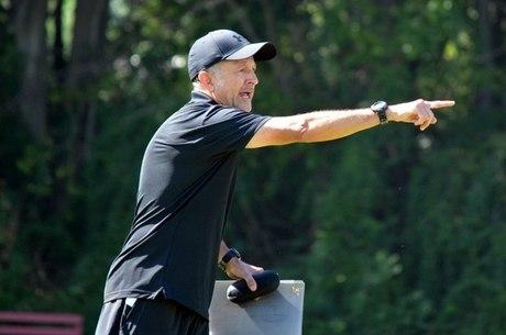 Juan Carlos Osório, técnico do São Paulo durante o treinamento.