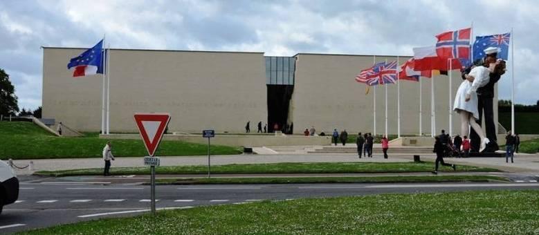 Memorial de Caen, na Normandia (França), detalha a história da Segunda Guerra