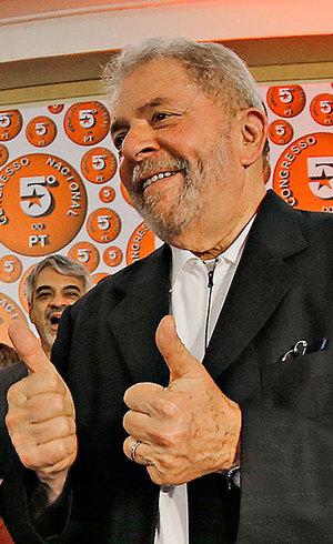 Mensagens entre executivos da OAS mostra relação com Lula