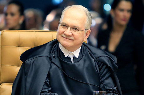 """Luiz Edson Fachin também propôs a criação de um """"observatório judicial de drogas"""""""