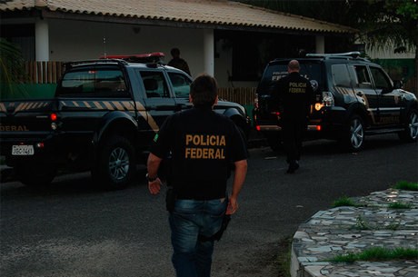 Operação também cumprirá quatro mandados de prisão preventiva
