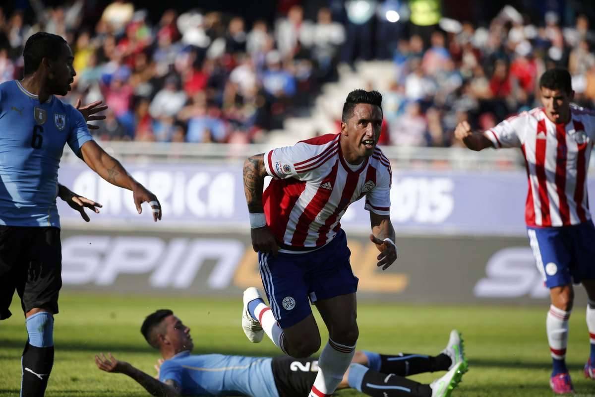 59bd99d988 Empate garante Uruguai e Paraguai nas quartas de final da Copa América -  Esportes - R7 Futebol