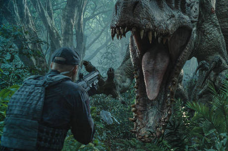 Jurassic World domina as bilheterias e Divertida Mente bate recorde histórico nos cinemas