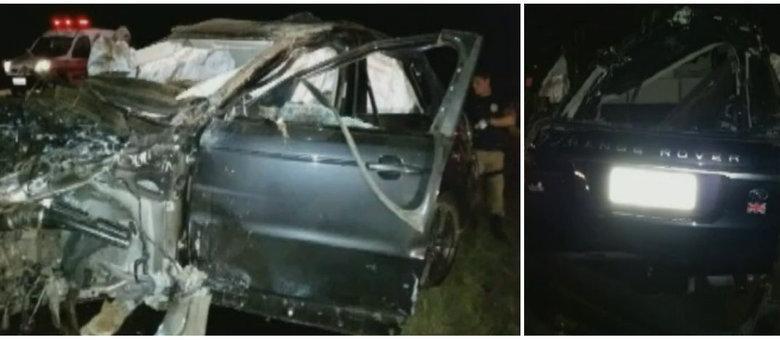Carro em que o cantor estava capotou nesta madrugada na BR-153. O veículo ficou destruído
