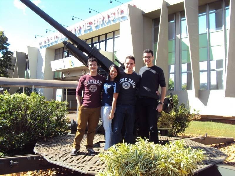 Quatro alunos do Colégio Militar de Brasília são aprovados em Harvard e outras universidades americanas