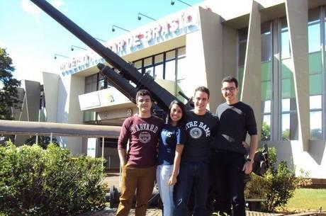 Vitor, Nathalya, Luiz Felipe e Alisson aproveitaram a estrutura oferecida e seguirão para universidades mundialmente renomadas