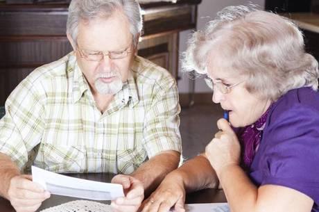 Pagamento no mês de agosto de 50% do abono aos beneficiários da Previdência Social não é obrigatório