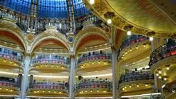 Internautas do R7 e Lado B Viagem têm tratamento vip na Galeries Lafayette, em Paris ()