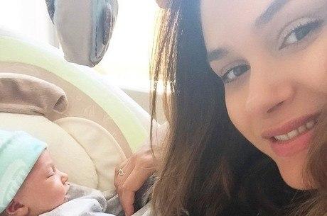 Fernanda Machado Comemora A Primeira Semana Do Filho Recém Nascido