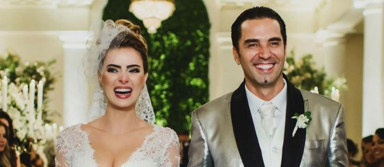 """""""Se o Brasil está em crise, porque meu casamento (como qualquer outro) não poderia estar?"""", disse o cantor"""