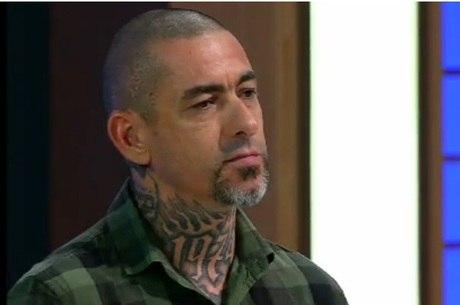 Henrique Fogaça fala sobre filha especial em programa de TV