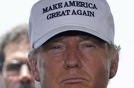 """Líder racista afirmou que afirmou que """"se o Sr. Trump perder, isso poderia significar a última chance que os brancos têm de votar em um presidente que poderia realmente fazer algo de útil para eles"""""""