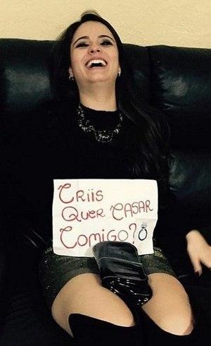 Allana Moraes fez pedido de casamento a Cristiano Araújo