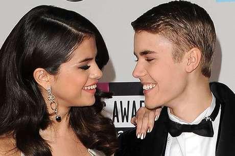 Justin Bieber e Selena Gomez: apesar do fim, músico ainda sente saudades da ex