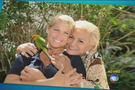 Xuxa considera Hebe sua madrinha na TV