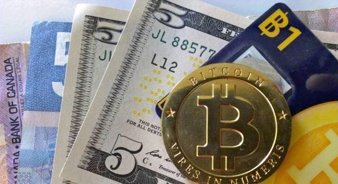 Cotação da moeda atingiu novo recorde nesta segunda-feira (23)