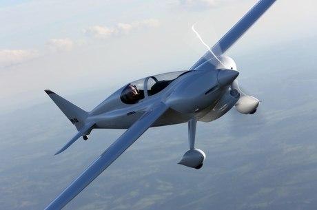 Aeronave atingiu cinco recordes para a categoria