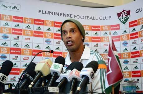 Ronaldinho voltará a vestir a camisa do Fluminense
