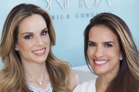 Ana Furtado e Daniela Alvarenga posam na nova clínica
