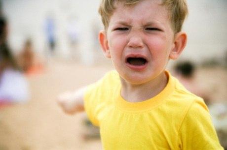 Pais acabam soltando respostas impensadas e podem prejudicar filhos